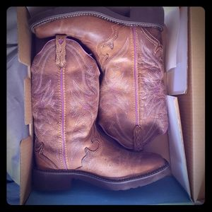 Brand New! Justin Gypsy Collection Boots